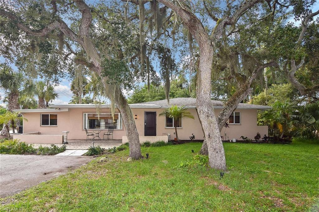 206 Connecticut Street Property Photo - FORT MYERS BEACH, FL real estate listing