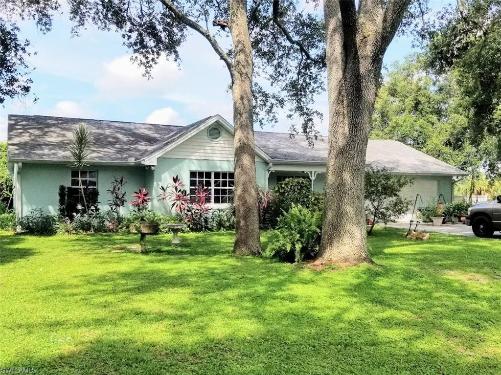 1224 Park Drive Property Photo - LABELLE, FL real estate listing