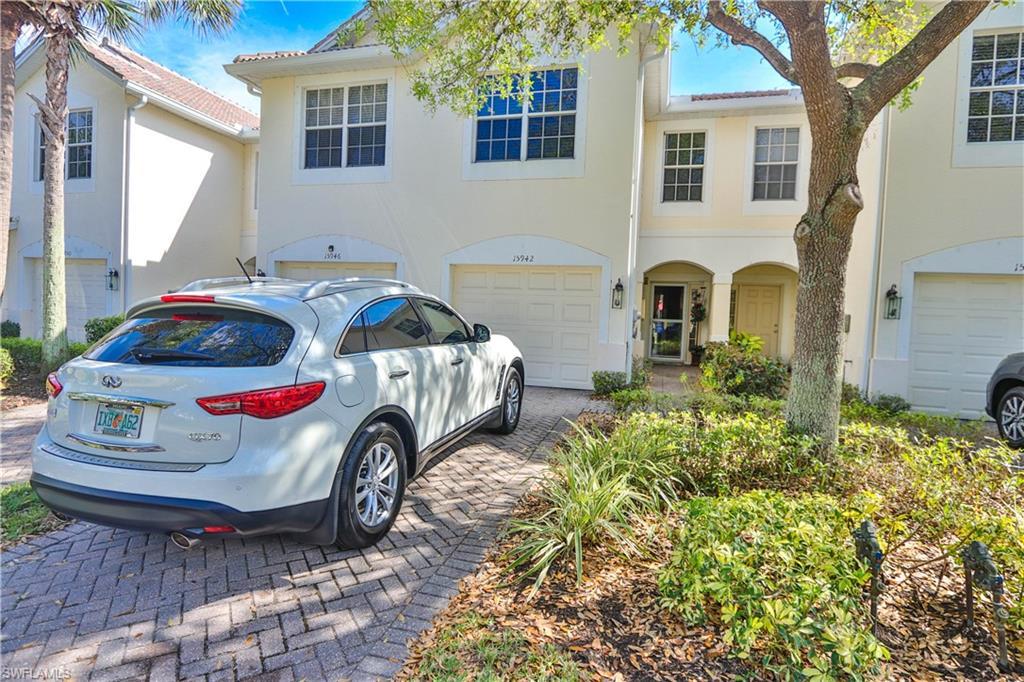 15942 Marcello Circle #245 Property Photo - NAPLES, FL real estate listing