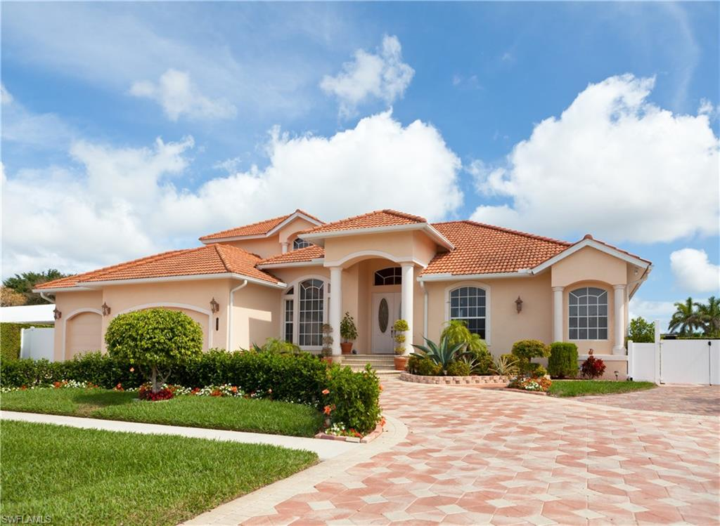 1728 SW 4th Street Property Photo - CAPE CORAL, FL real estate listing