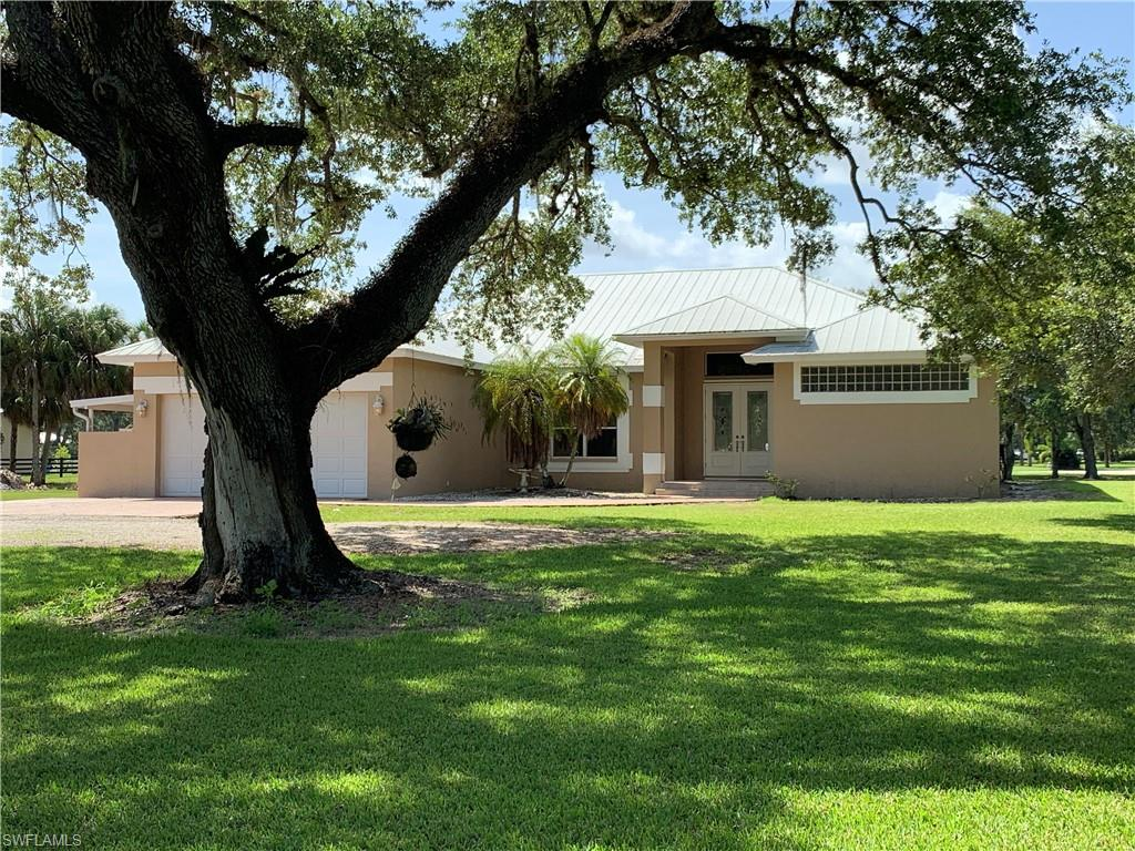 1278 Frontier Circle Property Photo - LABELLE, FL real estate listing
