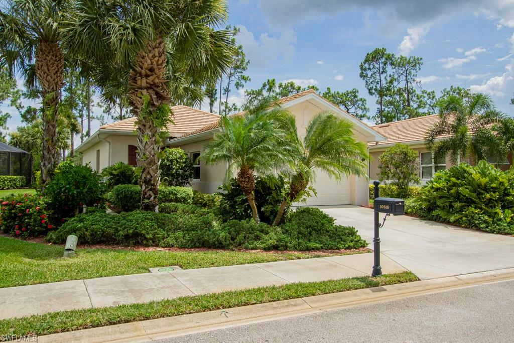 10618 Camarelle Circle Property Photo - FORT MYERS, FL real estate listing