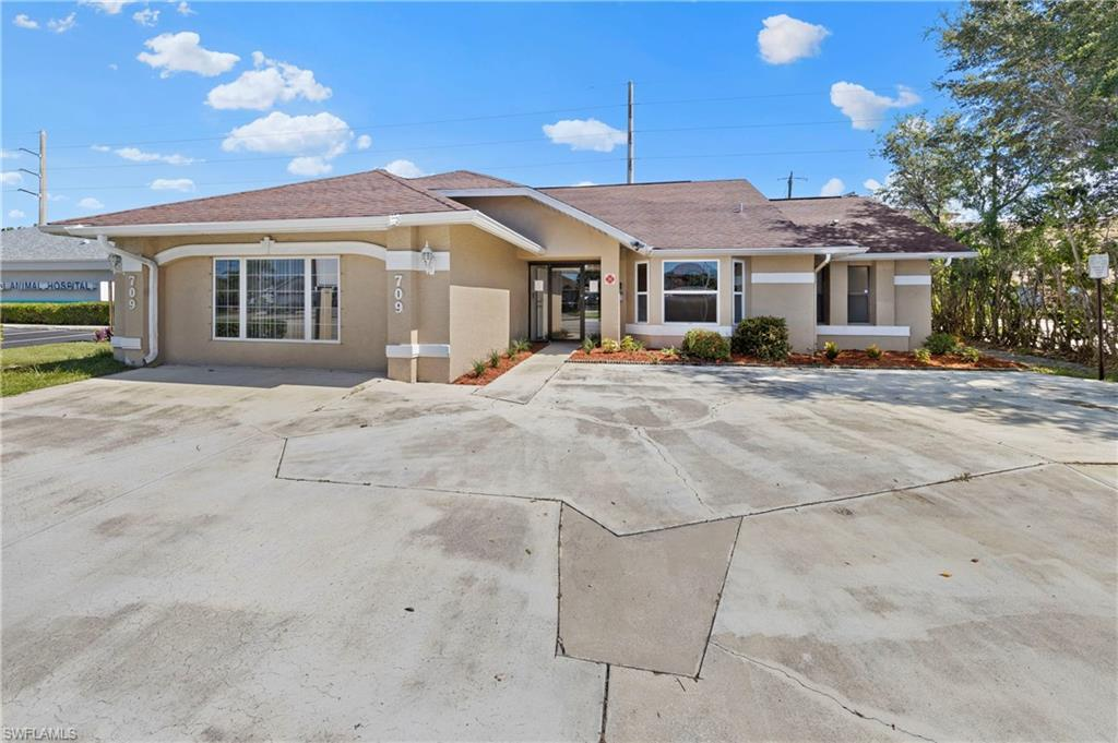 709 Cape Coral Parkway W Property Photo