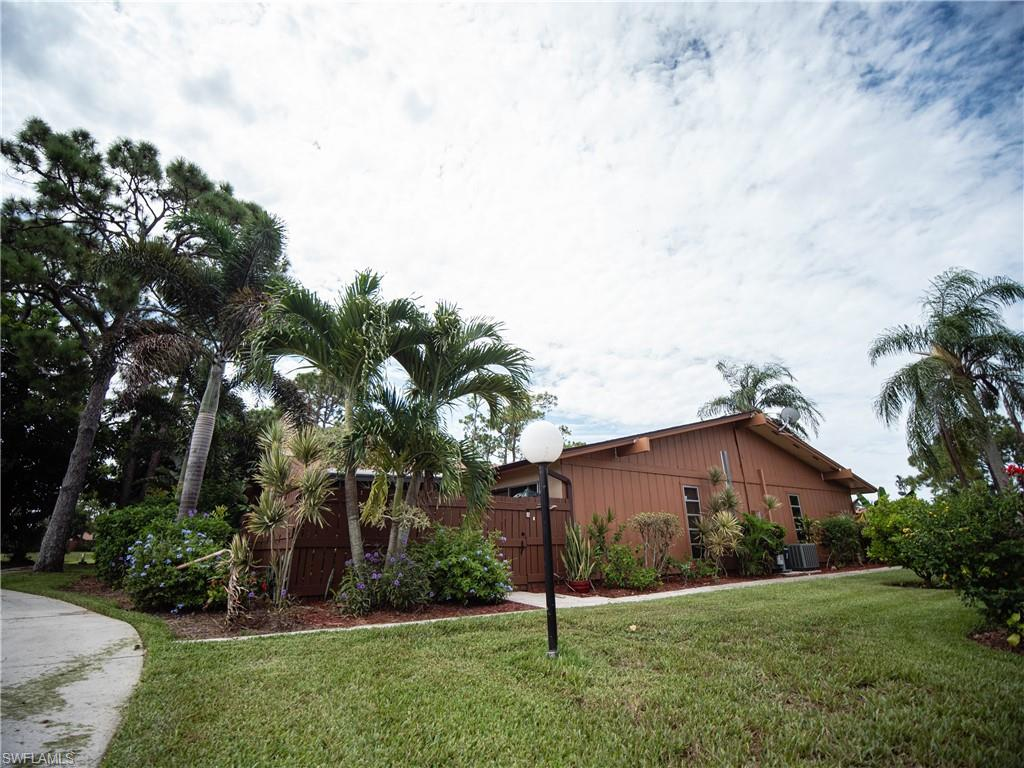 5583 Foxlake Drive Property Photo - NORTH FORT MYERS, FL real estate listing