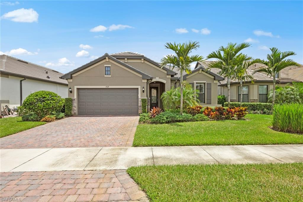 7529 GERANIUM Way Property Photo - NAPLES, FL real estate listing