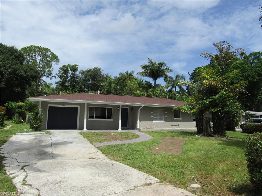 2552 Columbus Street Property Photo - FORT MYERS, FL real estate listing
