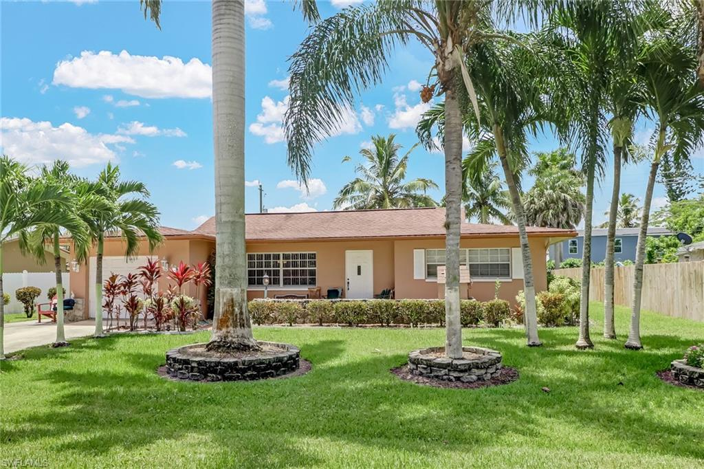 4228 23rd Place SW Property Photo - NAPLES, FL real estate listing
