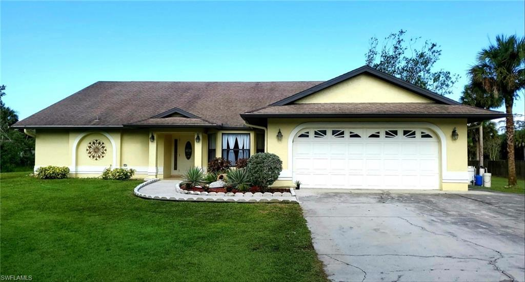 660 9th Street NW Property Photo - NAPLES, FL real estate listing
