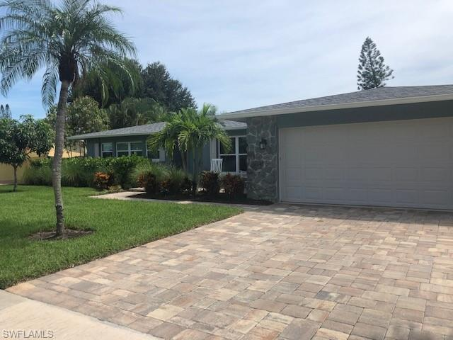 1468 N Larkwood Square Property Photo - FORT MYERS, FL real estate listing