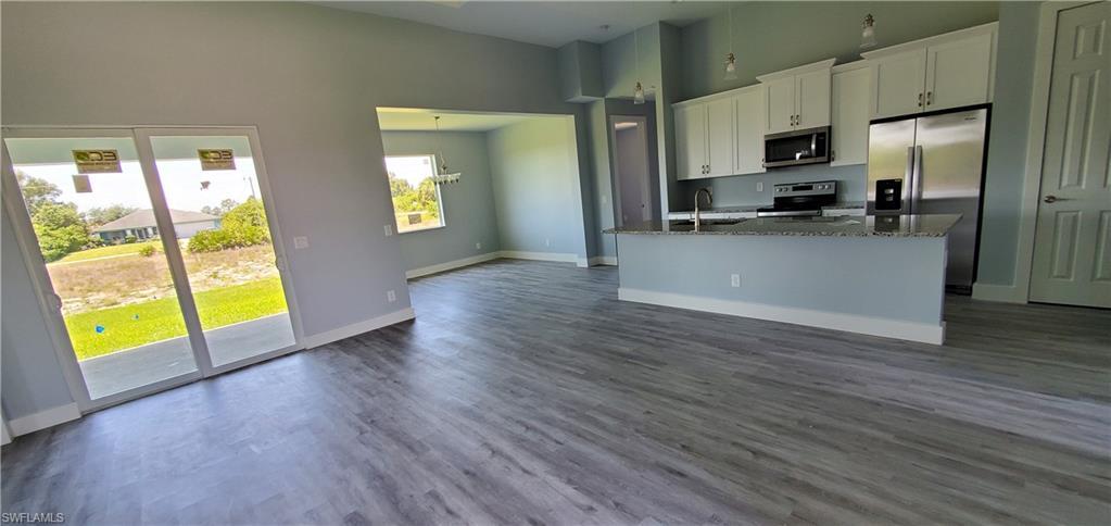 3704 38th Street Sw Property Photo