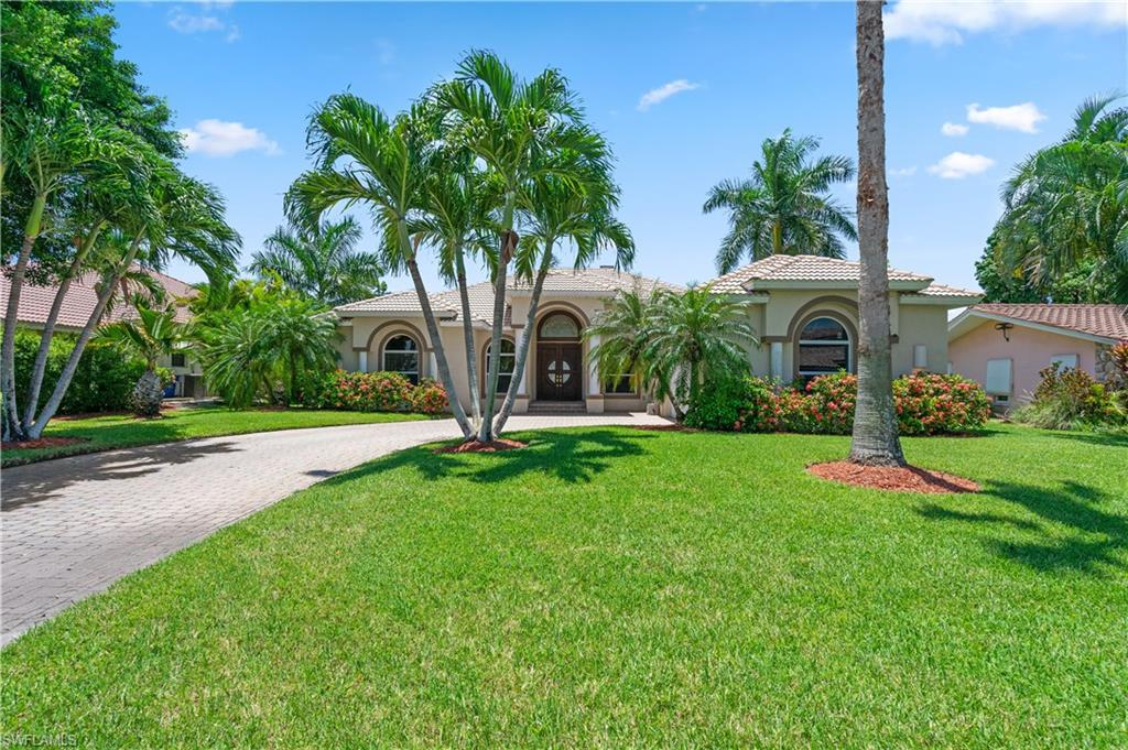 398 Snow Drive Property Photo - FORT MYERS, FL real estate listing