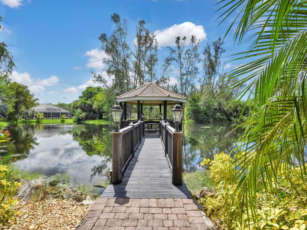 10031 Lake Cove Drive #201 Property Photo - FORT MYERS, FL real estate listing