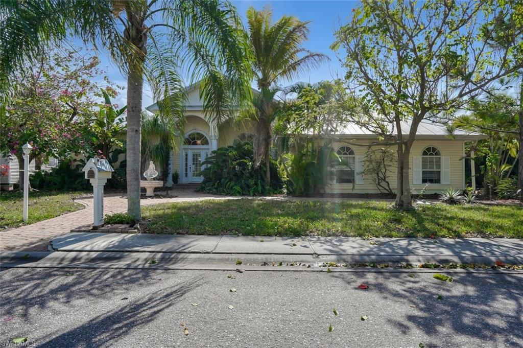 6072 Eagle Watch Court Property Photo - NORTH FORT MYERS, FL real estate listing