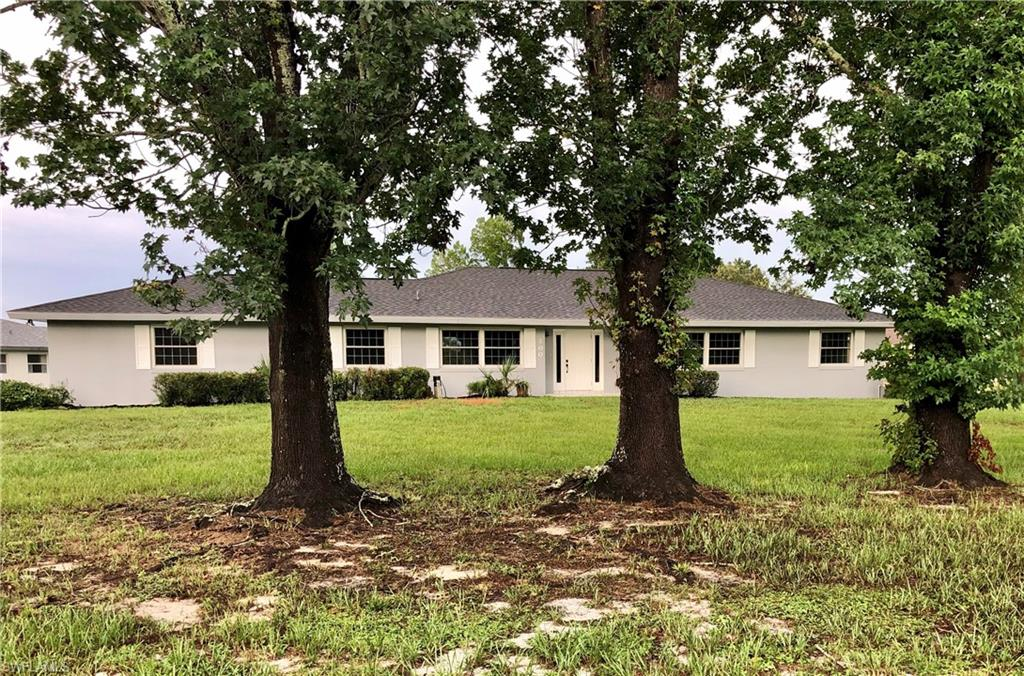 100 Murray Court NW Property Photo - LAKE PLACID, FL real estate listing