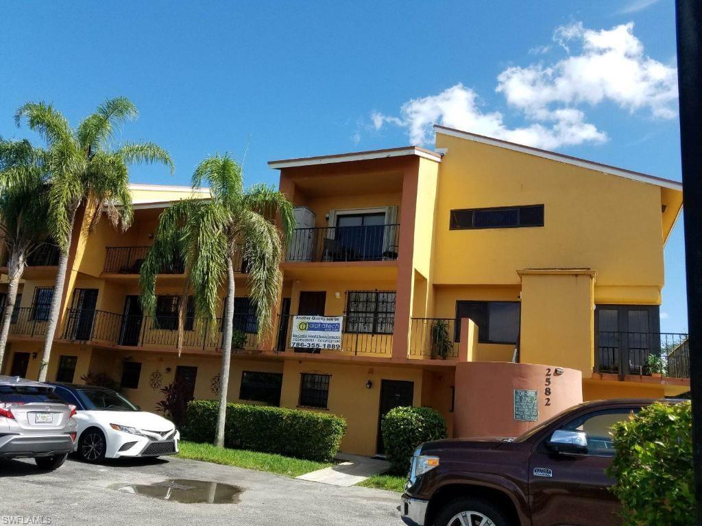 2582 W 56th Street #103 Property Photo - HIALEAH, FL real estate listing