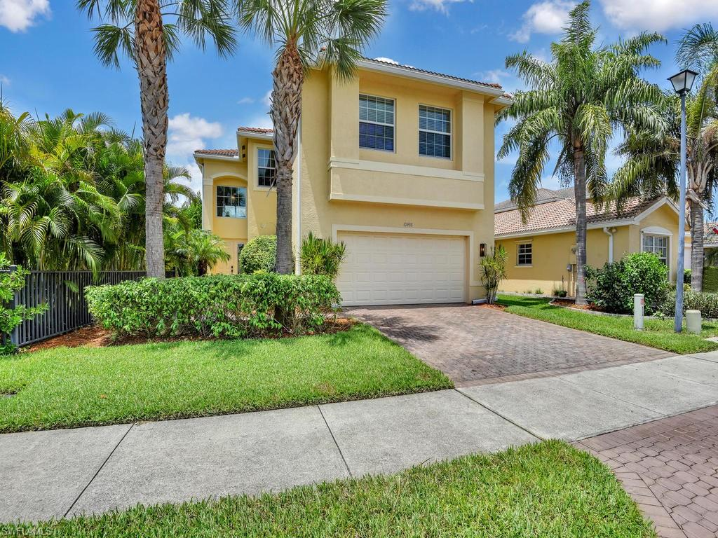 10498 Carolina Willow Drive Property Photo - FORT MYERS, FL real estate listing