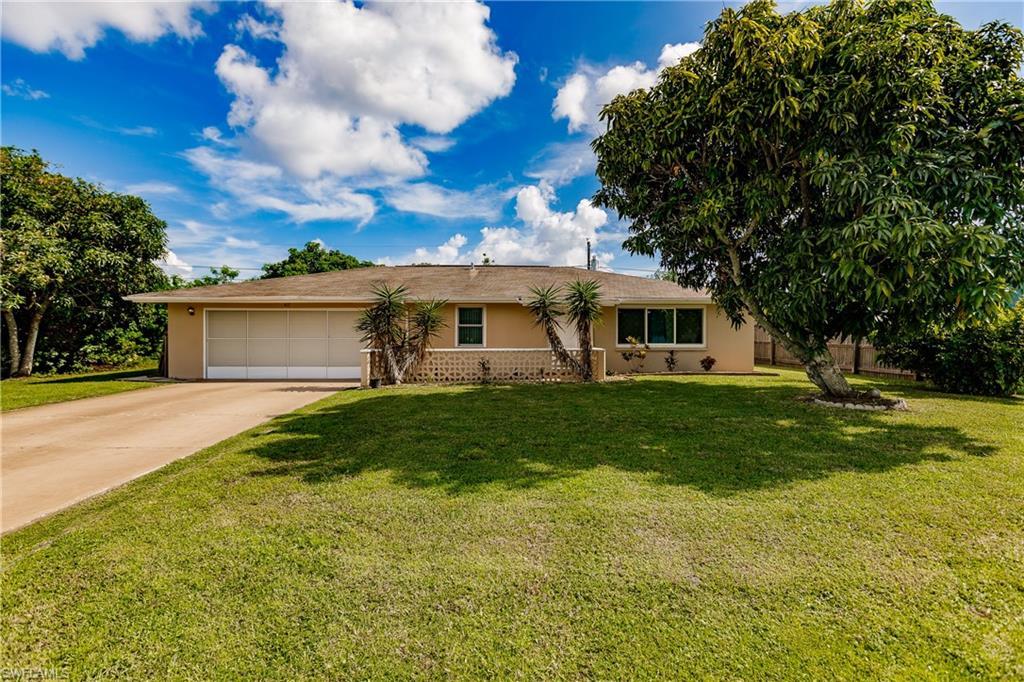 417 Garfield Avenue NW Property Photo - PORT CHARLOTTE, FL real estate listing
