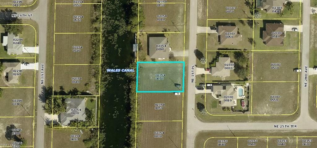 2524 NE 1st Place Property Photo