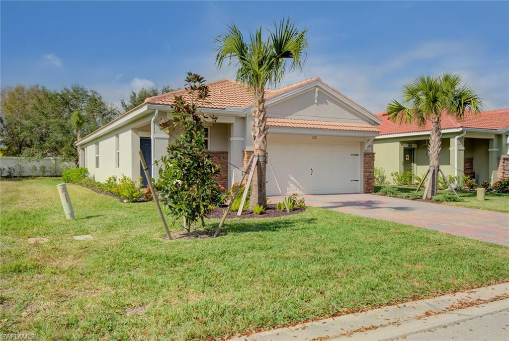 2221 Summersweet Drive Property Photo - ALVA, FL real estate listing