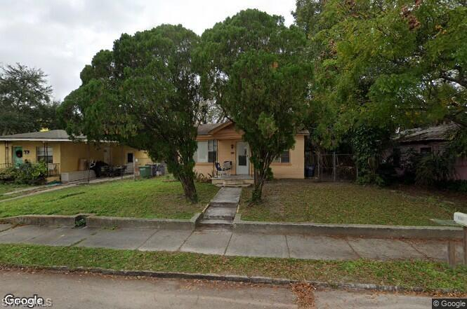 1716 W Chestnut Street Property Photo - TAMPA, FL real estate listing