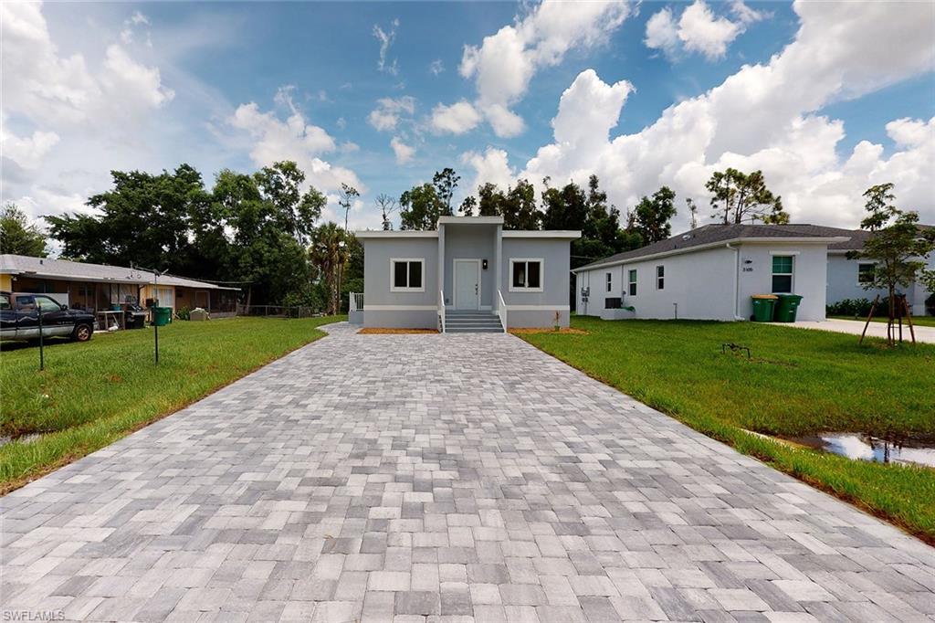 3083 Woodside Avenue Property Photo - NAPLES, FL real estate listing