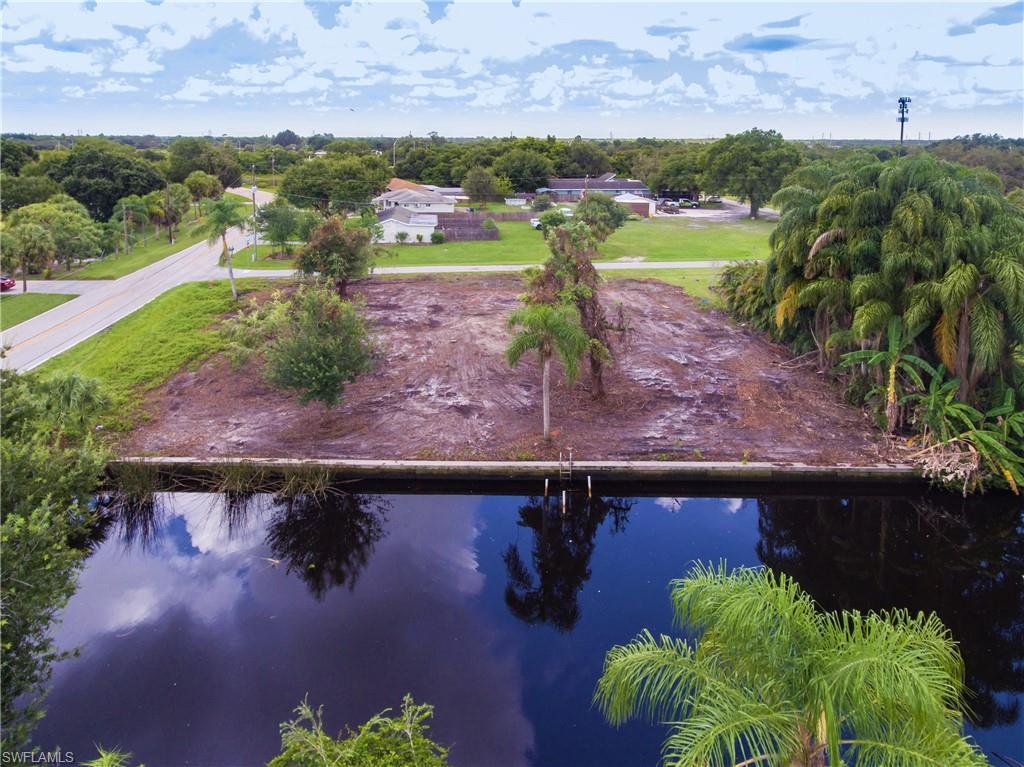 8411 Riverside Drive Property Photo