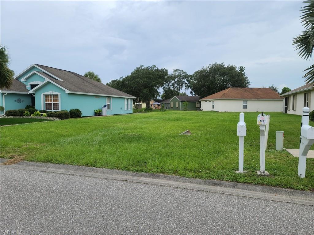 425 Rose Apple Circle Property Photo - PORT CHARLOTTE, FL real estate listing