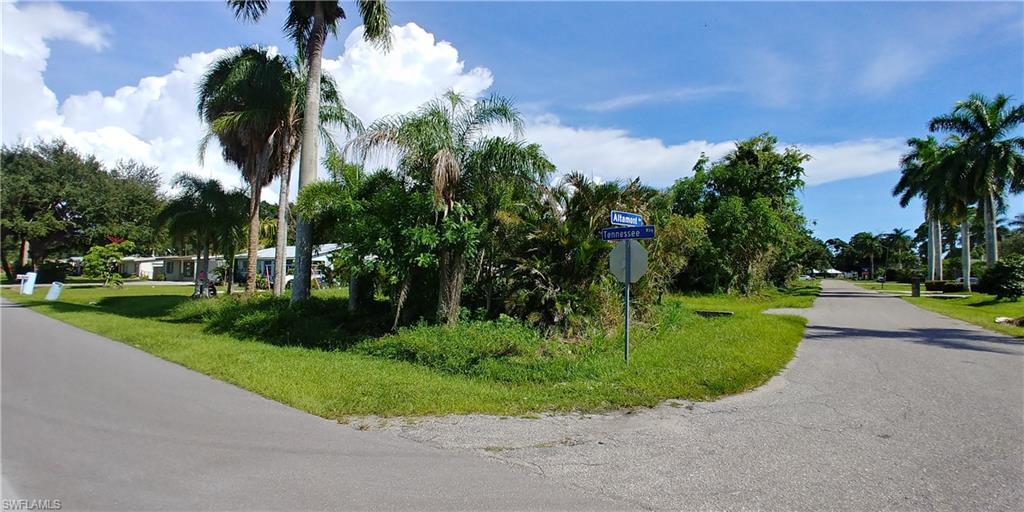 353 Altamont Avenue Property Photo - FORT MYERS, FL real estate listing