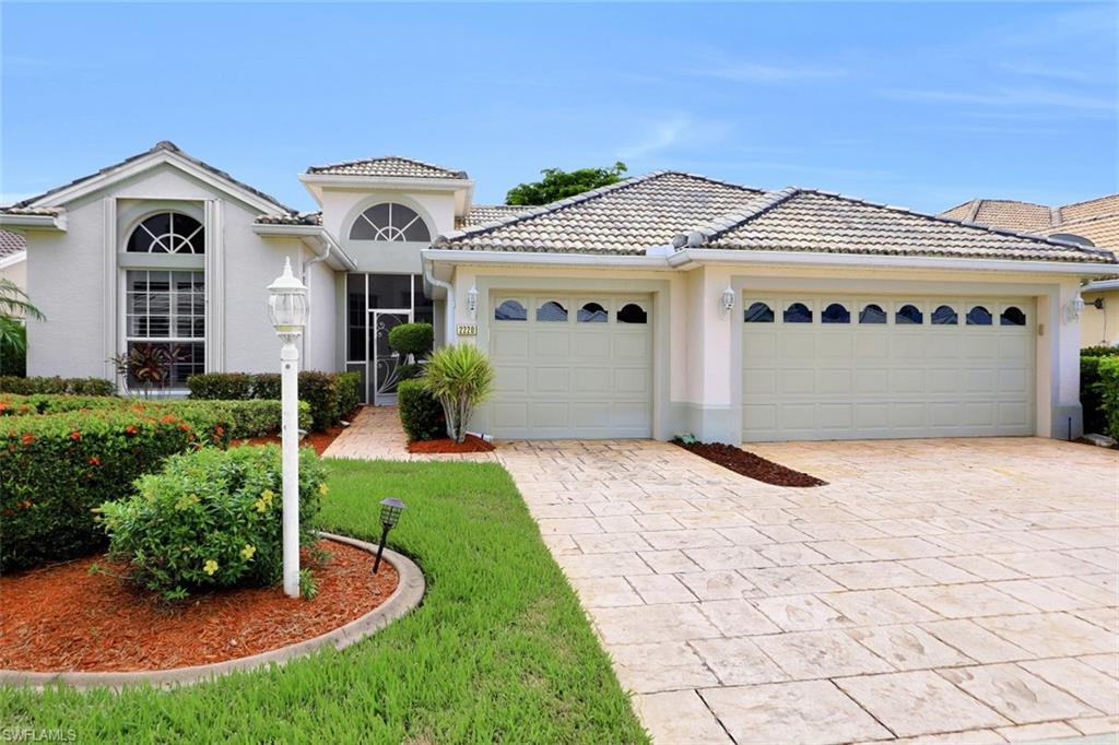 2220 Corona Del Sire Drive Property Photo - NORTH FORT MYERS, FL real estate listing
