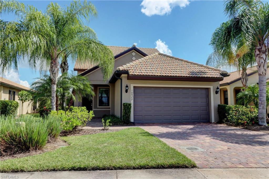 10977 Clarendon Street Property Photo - FORT MYERS, FL real estate listing