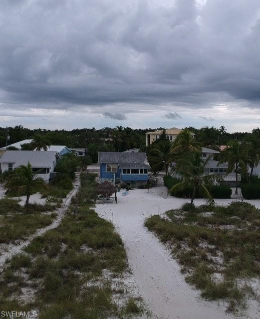 2890 Seaview Street Property Photo