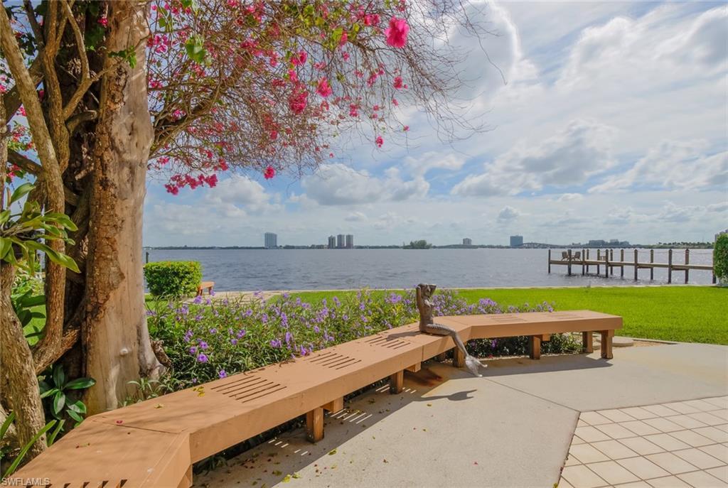 107 E North Shore Avenue Property Photo