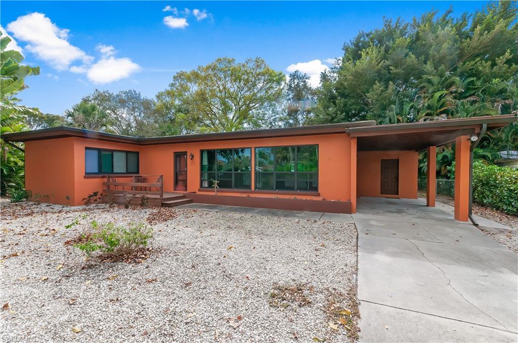 1624 Hanson Street Property Photo - FORT MYERS, FL real estate listing