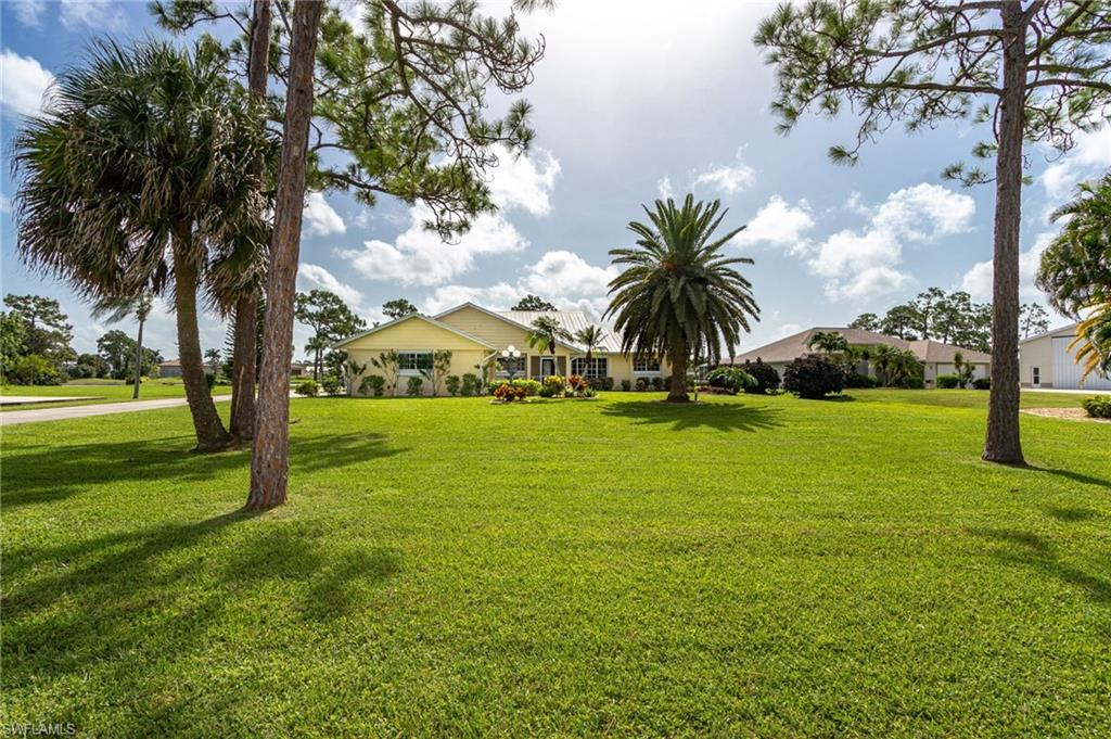 18622 Crosswind Avenue Property Photo - NORTH FORT MYERS, FL real estate listing