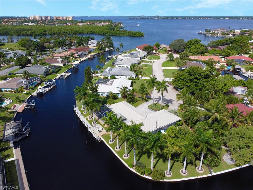 906 Jennifer Lane Property Photo - FORT MYERS, FL real estate listing