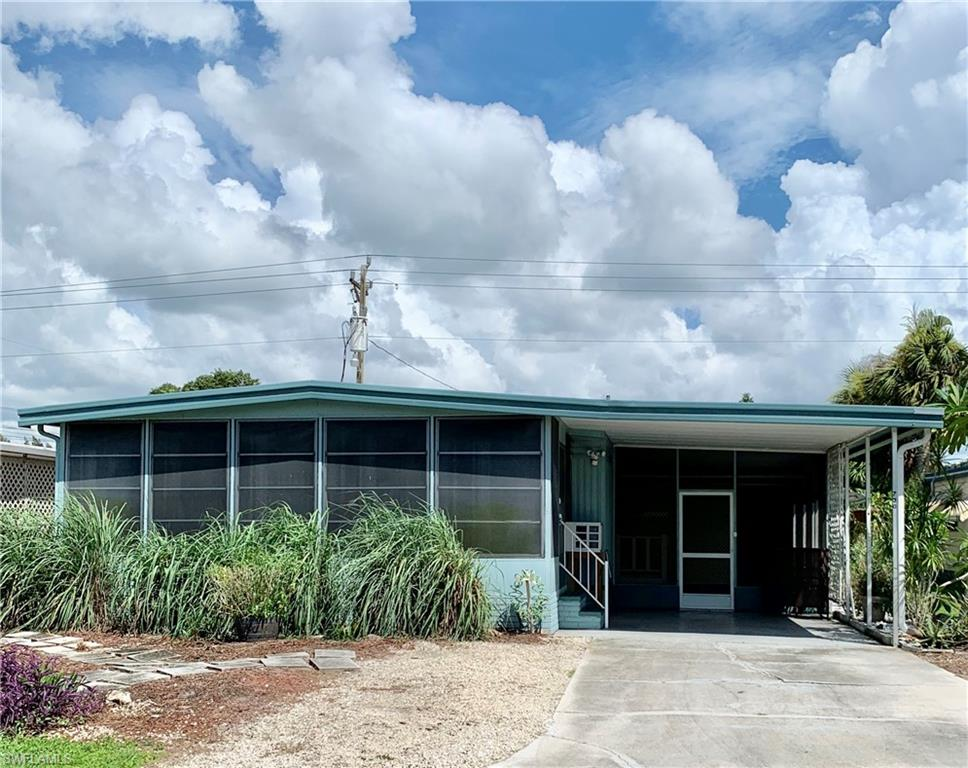 730 Knotty Pine Circle Property Photo - NORTH FORT MYERS, FL real estate listing