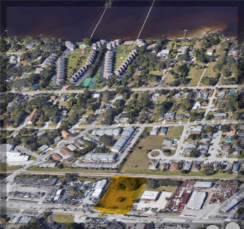 3727 Palm Beach Boulevard Property Photo