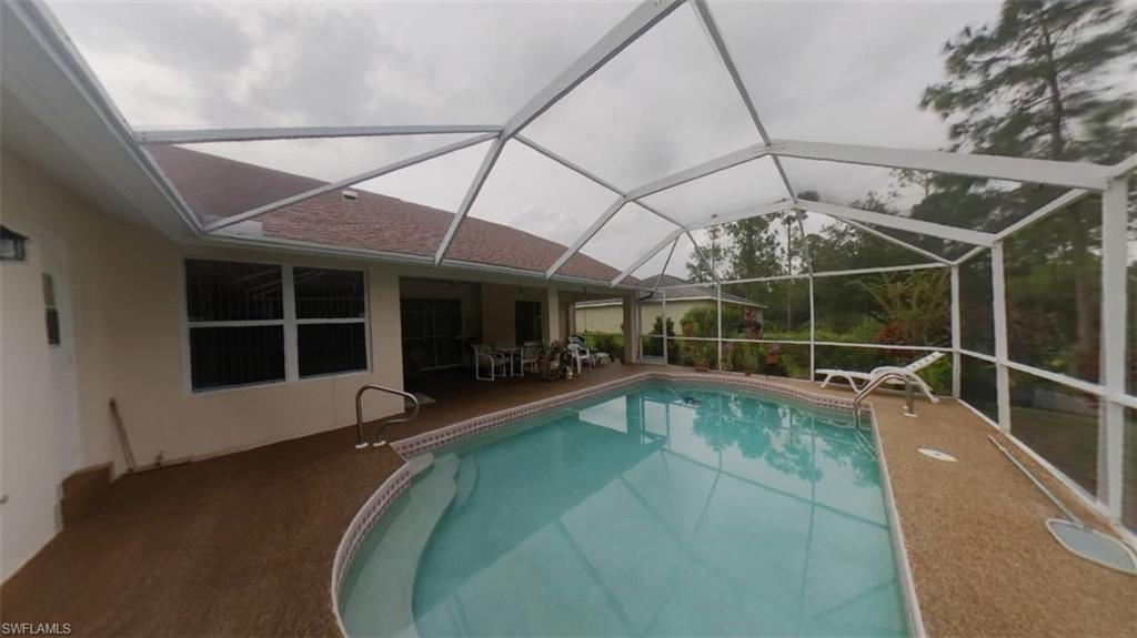10 Columbus Avenue Property Photo - LEHIGH ACRES, FL real estate listing