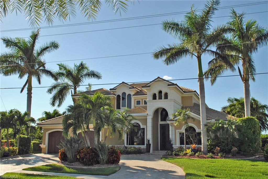 3840 Surfside Boulevard Property Photo