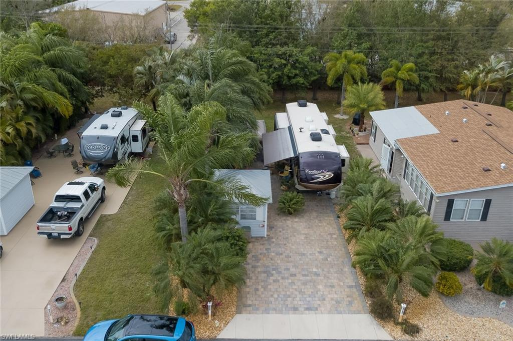 5760 Maplewood Court Property Photo - FORT MYERS, FL real estate listing