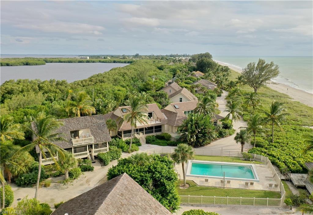 6 Beach Homes Property Photo