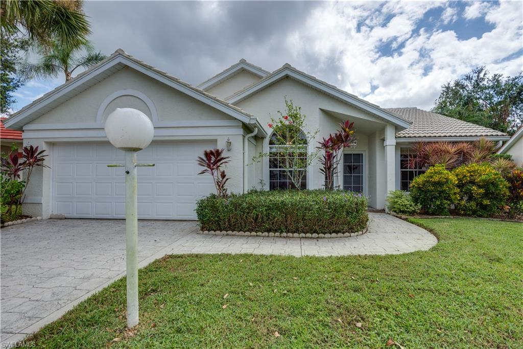 12851 Eagle Pointe Circle Property Photo - FORT MYERS, FL real estate listing