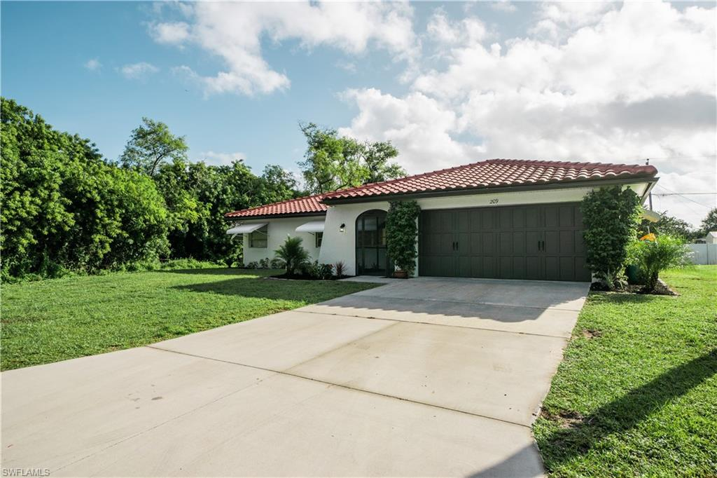 209 Shadow Street NW Property Photo - PORT CHARLOTTE, FL real estate listing