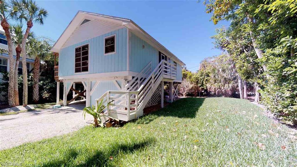 9195 Dimmick Drive Property Photo - SANIBEL, FL real estate listing