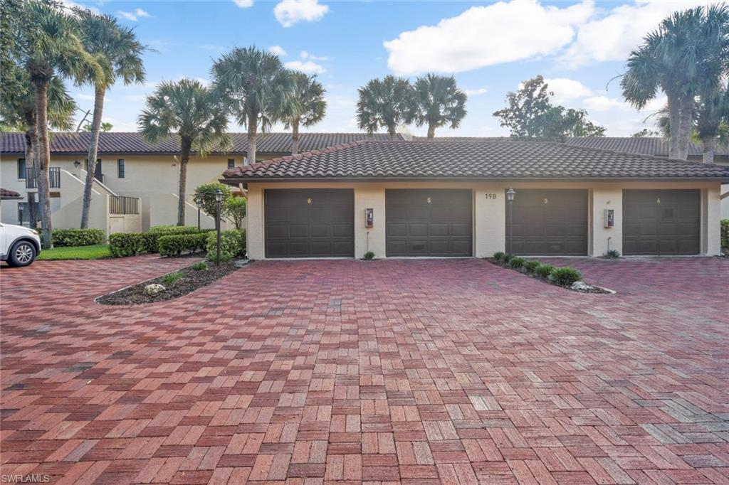 198 ALBI Road #6 Property Photo - NAPLES, FL real estate listing