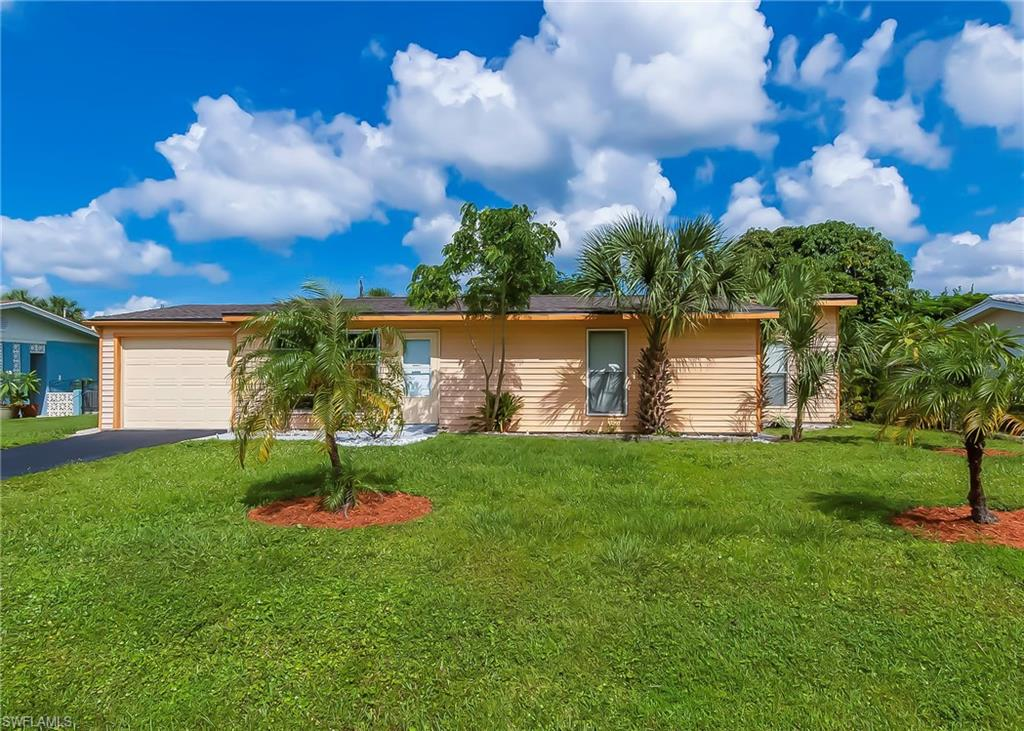 871 Lake Mcgregor Drive Property Photo - FORT MYERS, FL real estate listing
