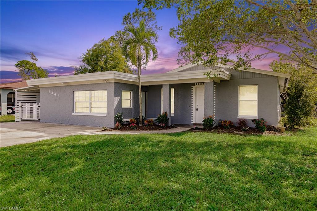 2342 Crystal Drive Property Photo - FORT MYERS, FL real estate listing