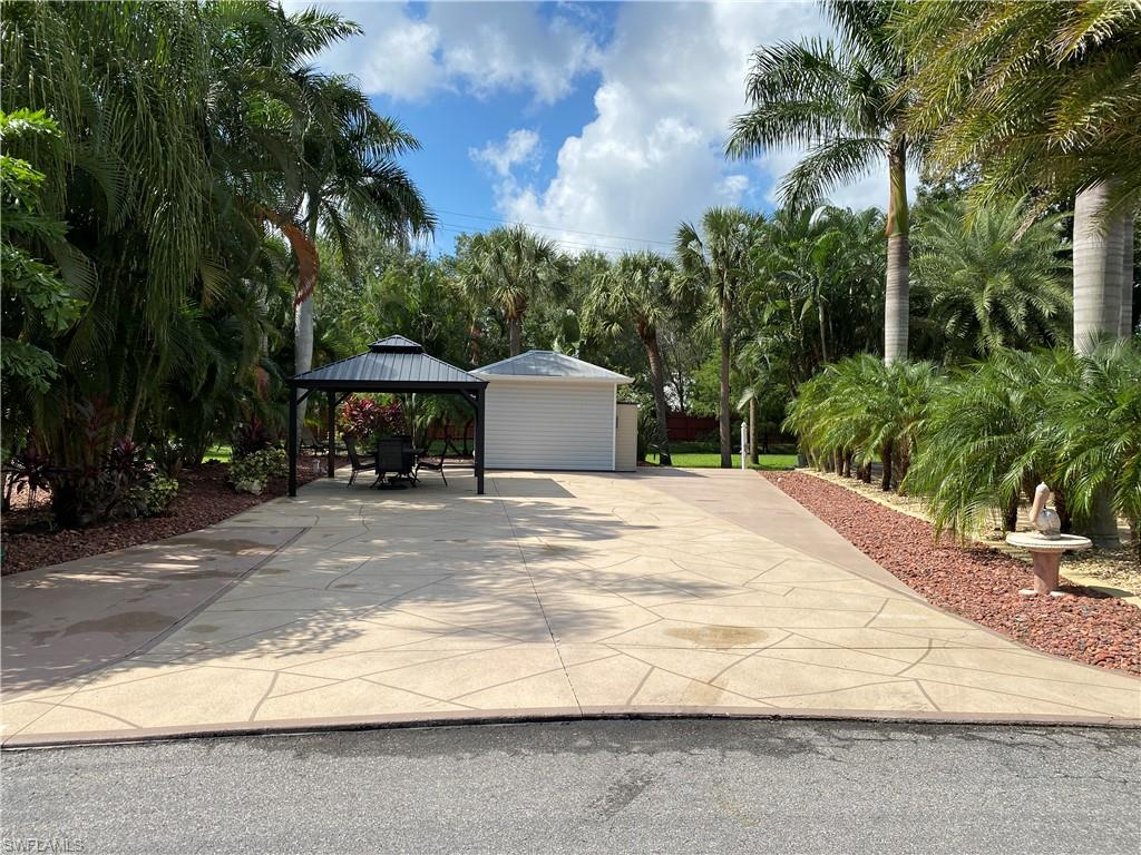 5670 Maplewood Court Property Photo - FORT MYERS, FL real estate listing