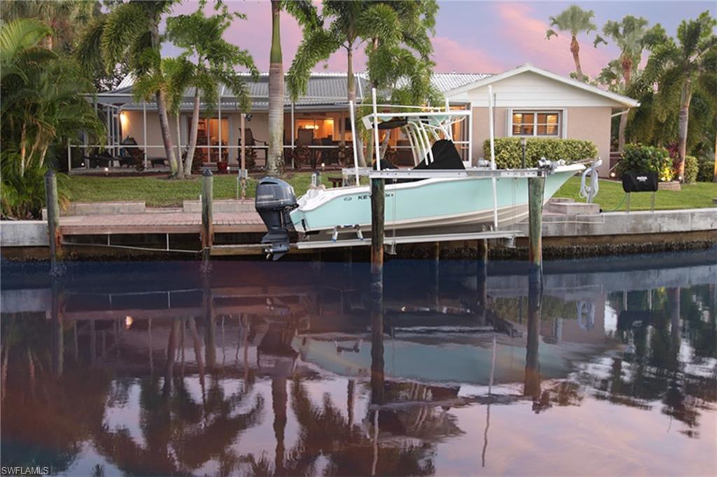 34242 Real Estate Listings Main Image