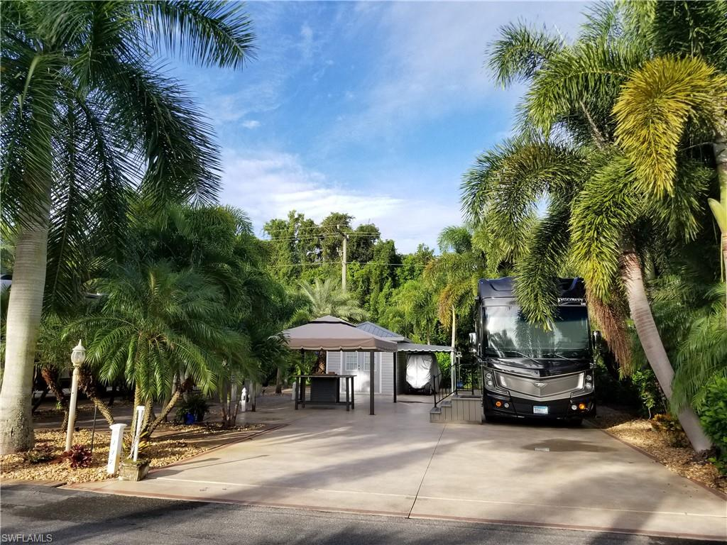 10047 Ramblewood Court Property Photo - FORT MYERS, FL real estate listing